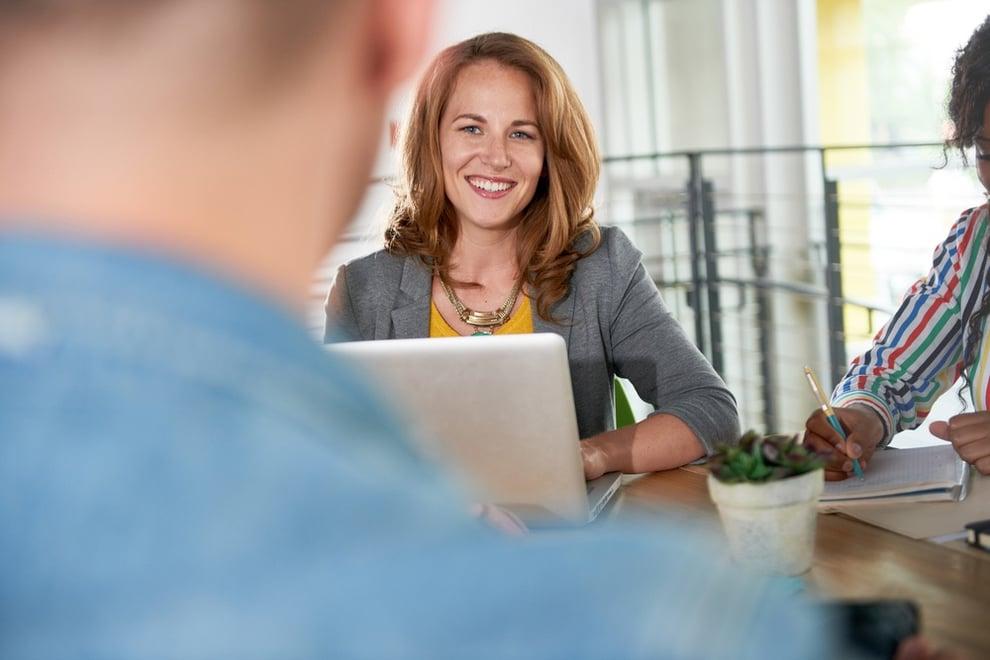 Näin rekrytoit osaavan HR-asiantuntijan – työhaastattelun muistilista tukenasi